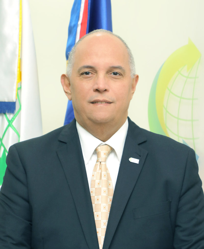 Lic. Ángel Canó